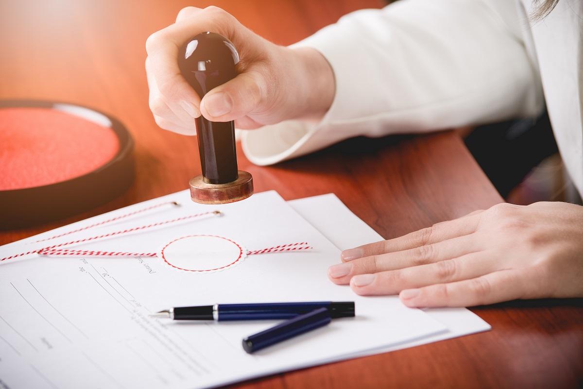 Umowa najmu okazjonalnego – wady i zalety w praktyce